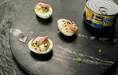 5.Ouă umplute cu pastă de Ton Hamé Select